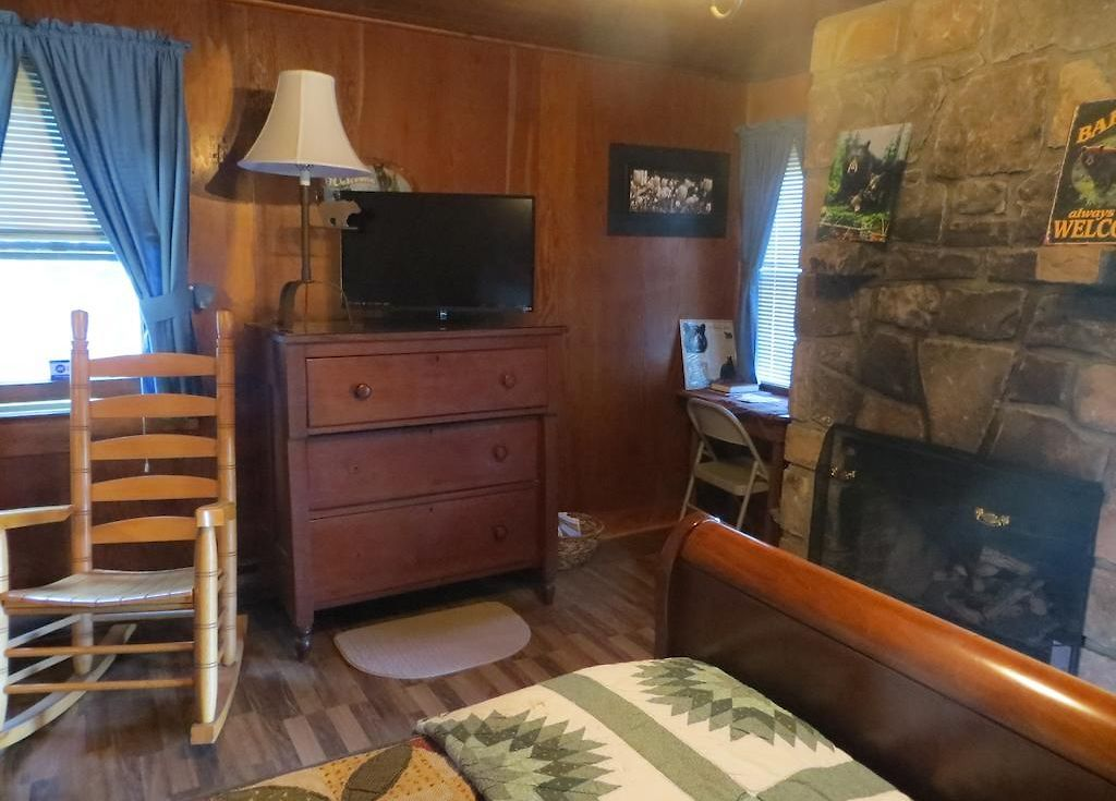 Americourt Hotel Mountain City Brevard Inn And Cabins Gatlinburg